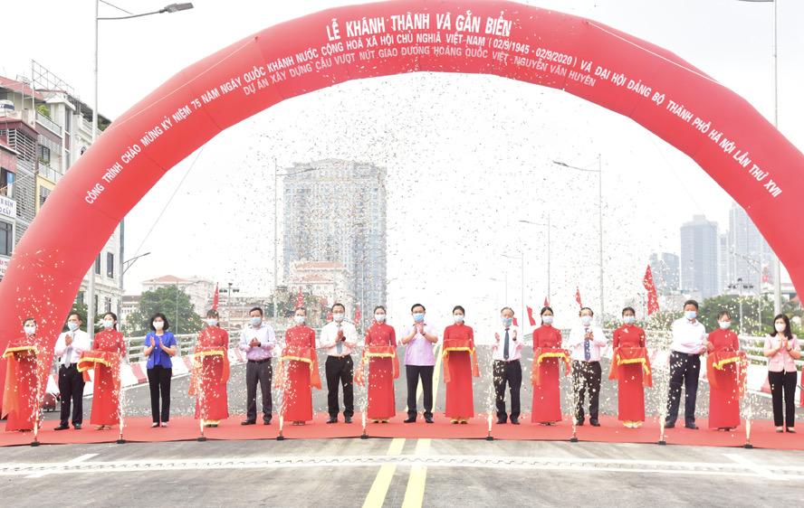le-khanh-thanh-cau-vuot-Nguyen-văn-Huyen-Hoang_Quoc-Viet